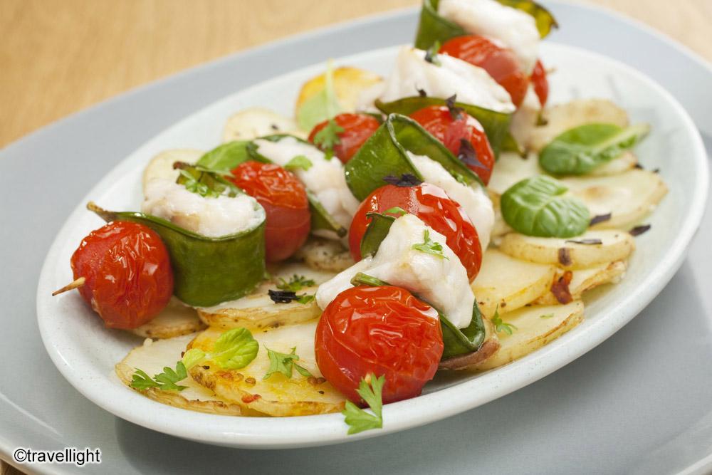 Brochettes de poisson blanc grill es a la plancha 20 min for Poisson a la plancha