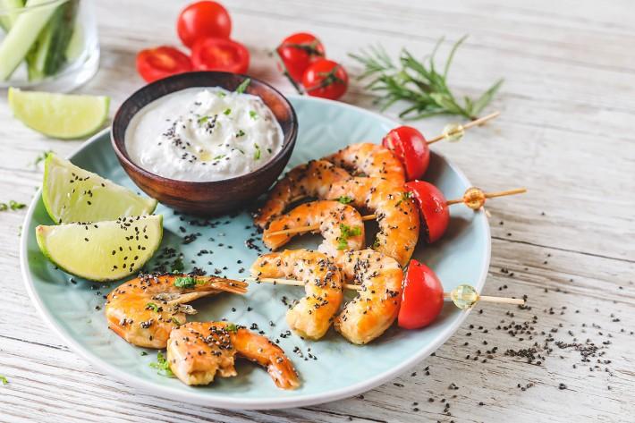 Recette Food4Good - Mini brochettes de Queues de crevettes bio et graines de chia