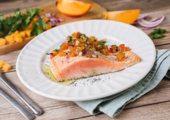 Recette Food4Good - Saumon bio poêlé, salsa de kaki